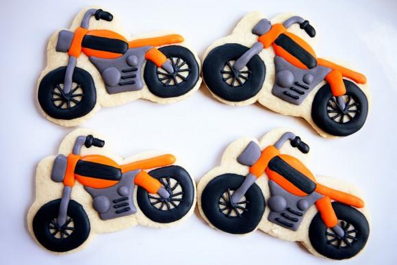 bakedhappy_motorcyclecookesWEB