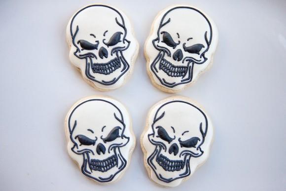 bakedhappy_skullsWEB
